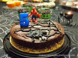 Connor's 5th birthday cake; www.makeoversandmotherhood.com