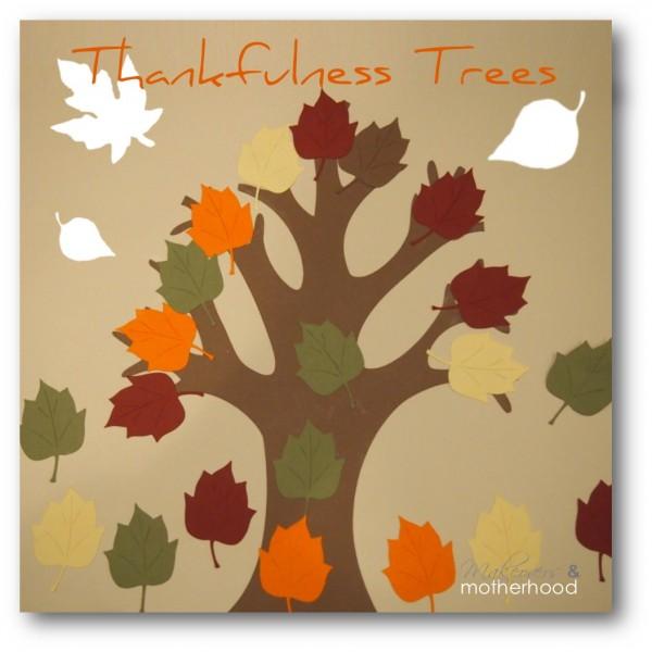 Thankfulness Tree;  www.makeoversandmotherhood.com