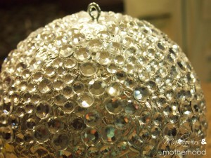 New Year's ball; www.makeoversandmotherhood.com