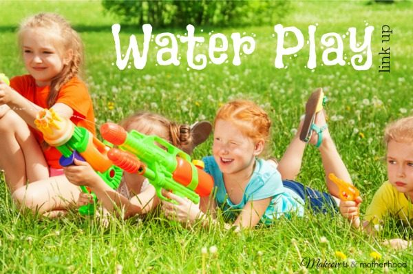 Water Play Link Up; www.makeoversandmotherhood.com
